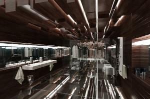 صحنه دستشویی حمام فانتزی کف شیشه ای حوله دوش روشویی مدل آماده رندر | A7AI0505