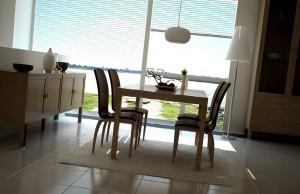 صحنه اتاق غذاخوری خانه منزل میز ناهارخوری چوبی آباژور مدل آماده رندر | A7AI1102