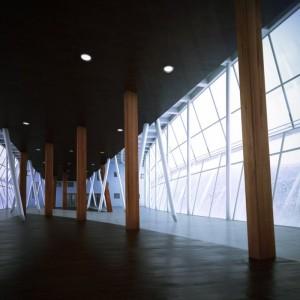 صحنه فضای عمومی تالار مسقف ستون چوب تالار سقف کاذب مدل آماده رندر | A7AI2406