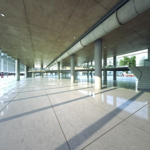 صحنه فضای عمومی کف سرامیک مرکز خرید ایستگاه قطار مترو فرودگاه مدل آماده رندر | A7AI2407