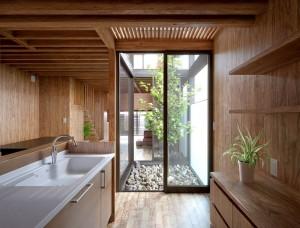 صحنه آشپرخانه چوبی گلدان سینک پاسیو درخت کوچک مدل آماده رندر | A7AI2804
