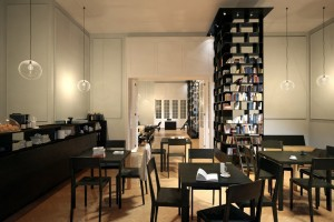 دانلود رندر گالری کافی شاپ رستوران کتابخانه مدرن کف پارکت مدل آماده رندر تری دی مکس وی ری | A7AI3402
