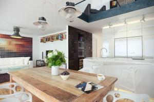 صحنه آشپزخانه مدرن اتاق تلویزیون میزغذاخوری چوبی گل گلدان | A7AI3707