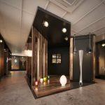 دانلود رندر شوروم نمایشگاه فروشگاه مدرن مدل آماده رندر تری دی مکس وی ری | A7AI4107