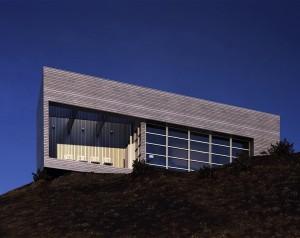 صحنه ساختمان بالا تپه خاکی نمای چوب مدل آماده رندر | ZA6AE0208