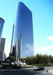 صحنه آسمانخراش برج شیشه ای بلند آبنما خیابان آسفالت پارک مدل آماده رندر | ZA6AE0501