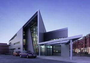 صحنه ساختمان شرکت تجاری شهری نما سیمان بتون مدل آماده رندر | ZA6AE0901