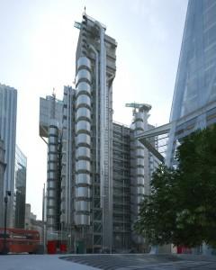 صحنه شهر لندن کارخانه صنعتی وسط شهر آسمانخراش مدل آماده رندر | ZA6AE1401