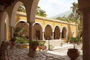 دانلود رندر هتل مراکشی عربی جنگل منطقه گرمسیری سنگفرش درخت نخل مدل آماده رندر تری دی مکس وی ری | ZA6AE2210